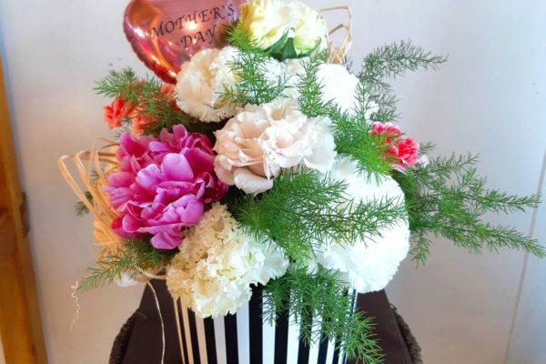 mother's day・バルーン入りフラワーアレンジメント【熊本の花屋・バルーン専門店KIKI】
